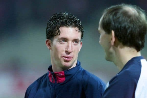 ATHENS, GREECE - Thursday, November 23, 2000: Liverpool's Robbie Fowler and club doctor Mark Waller. (Pic by David Rawcliffe/Propaganda)
