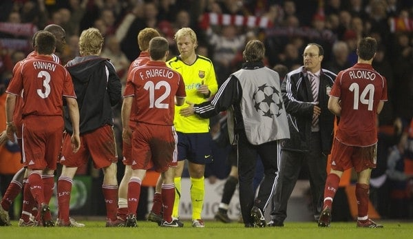 Liverpool, England - Tuesday, March 6, 2007: Liverpool's manager Rafael Benitez and FC Barcelona's Eidur Gudjohnsen during the UEFA Champions League First Knockout Round 2nd Leg at Anfield. (Pic by David Rawcliffe/Propaganda)