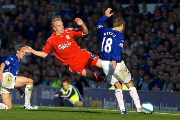 Liverpool, England - Saturday, October 20, 2007: Liverpool's Dirk Kuyt tackled Everton's Phil Neville during the 206th Merseyside Derby match at Goodison Park. (Photo by David Rawcliffe/Propaganda)
