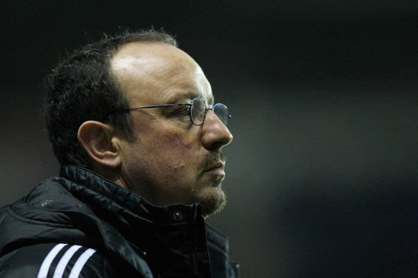 Reading, England - Saturday, December 8, 2007: Liverpool's manager Rafael Benitez looks dejected after losing 3-1 to Reading during the Premiership match at the Madejski Stadium. (Photo by David Rawcliffe/Propaganda)