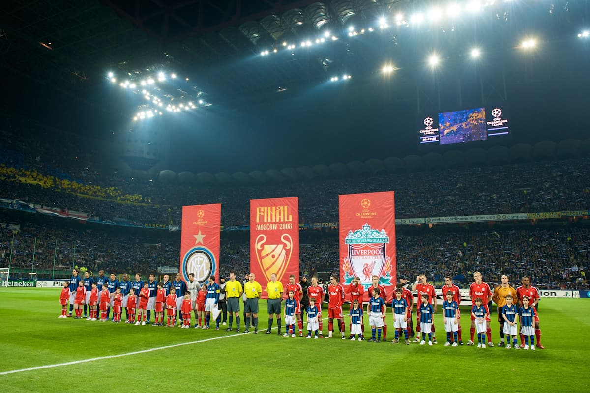 MILAN, ITALY - Tuesday, March 10, 2008: Liverpool and FC Internazionale Milano players before the UEFA Champions League First knockout Round 2nd Leg match at the San Siro. (Pic by David Rawcliffe/Propaganda)