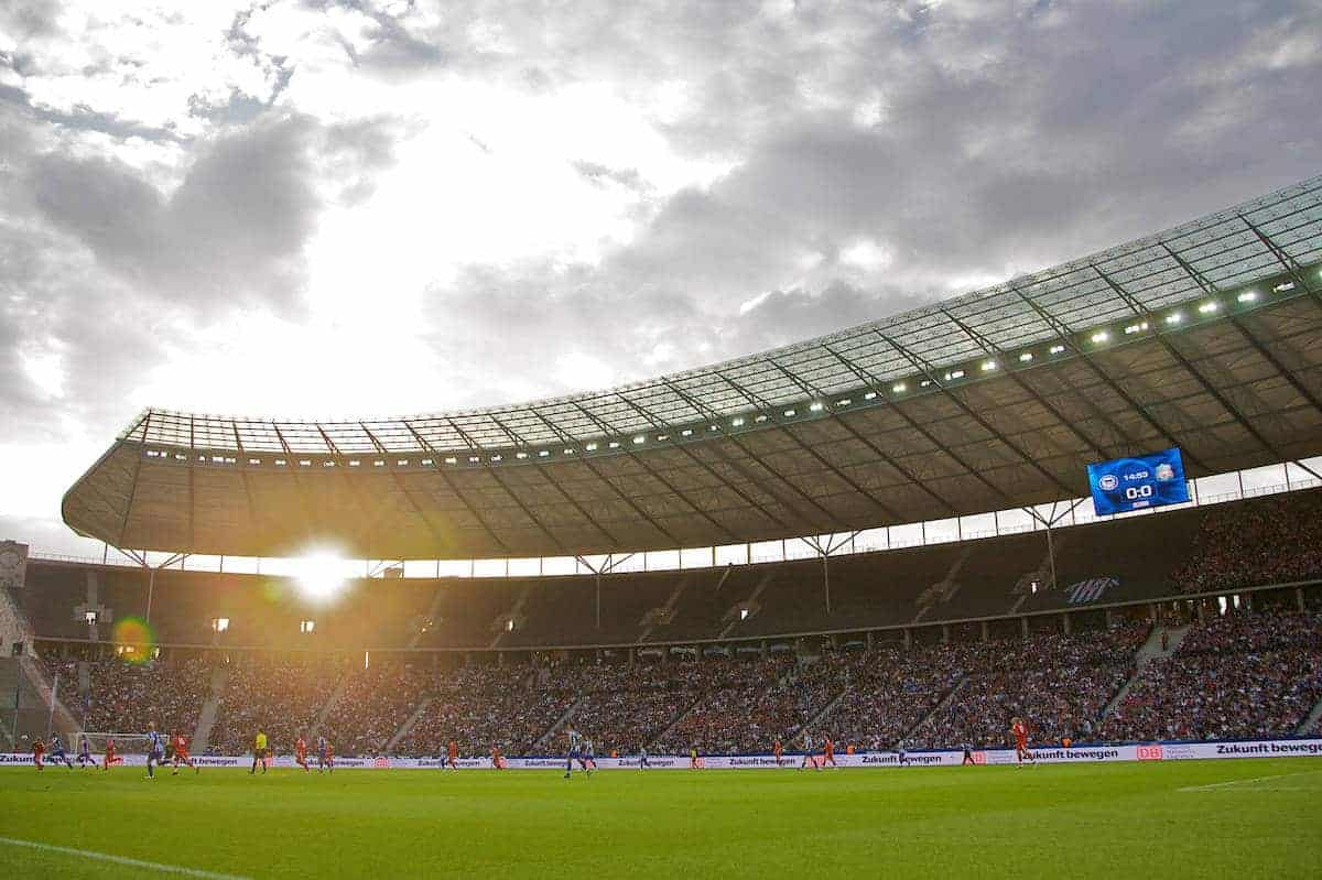 BERLIN, GERMANY - Tuesday, July 22, 2008: The sun sets over the Olympiastadion as Liverpool take on Hertha BSC Berlin during a pre-season friendly match. (Photo by David Rawcliffe/Propaganda)