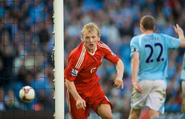 MANCHESTER, ENGLAND - Sunday, October 5, 2008: Liverpool's Dirk Kuyt celebrates scoring the winning third goal in injury time against Manchester City during the Premiership match at the City of Manchester Stadium. (Photo by David Rawcliffe/Propaganda)