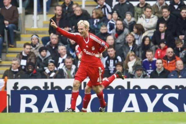 NEWCASTLE, ENGLAND - Sunday, December 28, 2008: Liverpool's Sami Hyypia celebrates scoring the second goal against Newcastle United during the Premiership match at St James' Park. (Photo by David Rawcliffe/Propaganda)