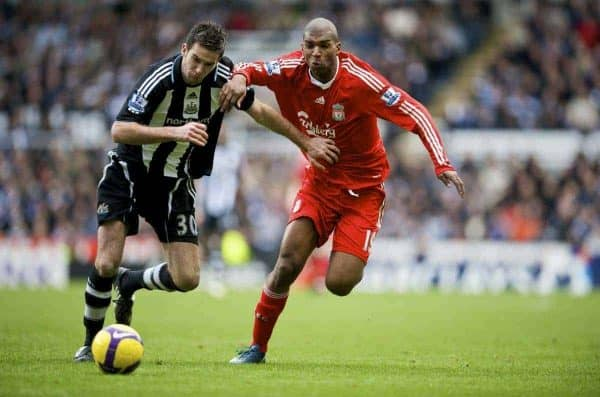 NEWCASTLE, ENGLAND - Sunday, December 28, 2008: Liverpool's Ryan Babel and Newcastle United's David Edgar during the Premiership match at St James' Park. (Photo by David Rawcliffe/Propaganda)