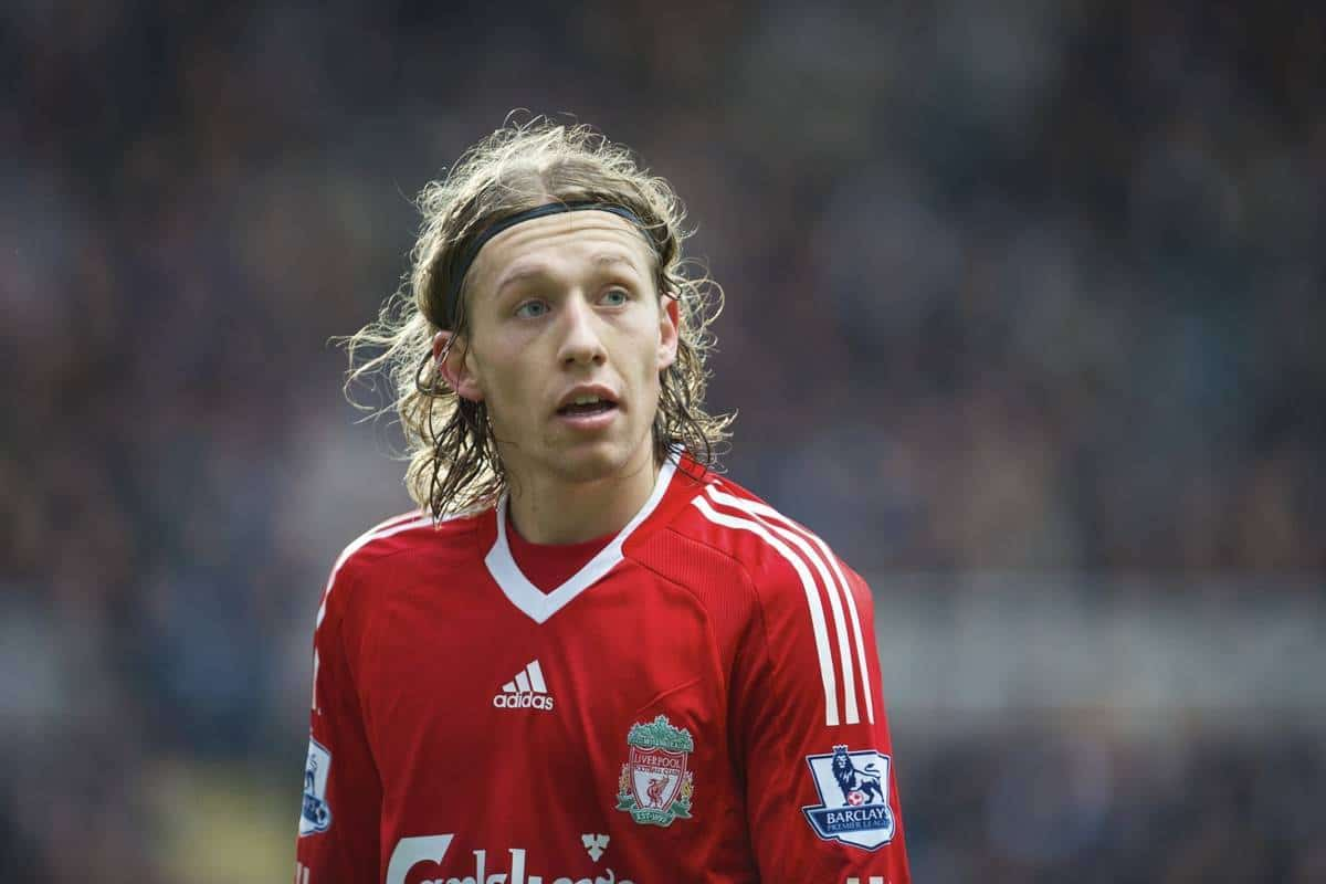NEWCASTLE, ENGLAND - Sunday, December 28, 2008: Liverpool's Lucas Leiva in action against Newcastle United during the Premiership match at St James' Park. (Photo by David Rawcliffe/Propaganda)