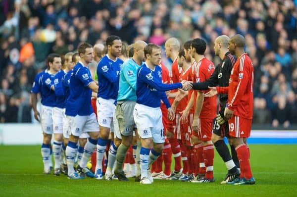 LIVERPOOL, ENGLAND - Sunday, January 25, 2009: Everton and Liverpool players shake hands before the FA Cup 4th Round match at Anfield. (Photo by David Rawcliffe/Propaganda)