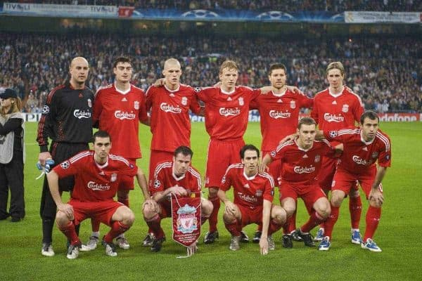 MADRID, SPAIN - Wednesday, February 25, 2009: Liverpool's players line-up for a team group photograph before the UEFA Champions League First Knock-Out Round against Real Madrid at the Santiago Bernabeu. Back row L-R goalkeeper Pepe Reina, Albert Riera, Martin Skrtel, Dirk Kuyt, Xabi Alonso, Fernando Torres. Front row L-R: Alvaro Arbeloa, Jamie Carragher, Yossi Benayoun, Fabio Aurelio and Javier Mascherano. (Photo by David Rawcliffe/Propaganda)
