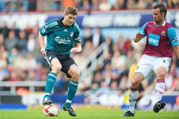 LONDON, ENGLAND - Saturday, May 9, 2009: Liverpool's captain Steven Gerrard MBE and West Ham United's Lucas Neill during the Premiership match at Upton Park. (Photo by David Rawcliffe/Propaganda)