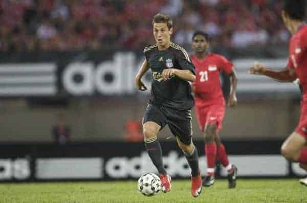 SINGAPORE, SINGAPORE - Sunday, July 26, 2009: Liverpool's Krisztian Nemeth in action against Singapore during a preseason friendly at the Singapore National Stadium. (Pic by David Rawcliffe/Propaganda)