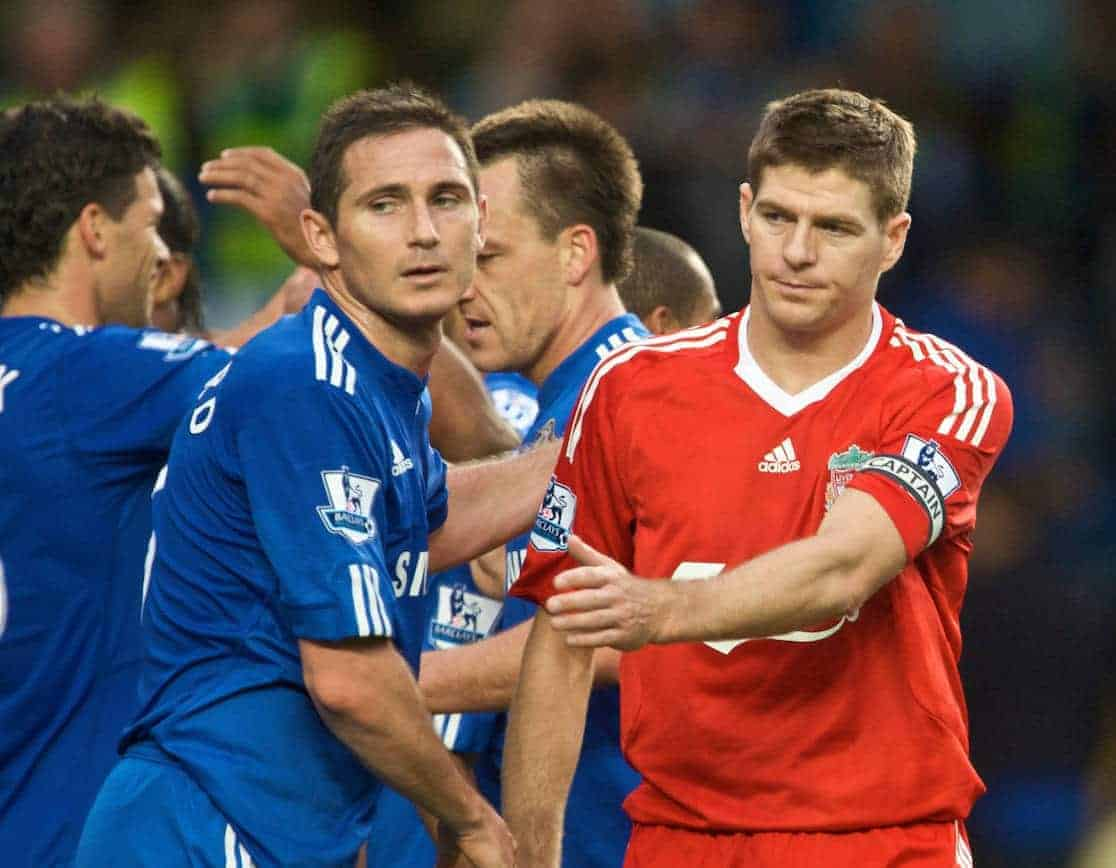LONDON, ENGLAND - Sunday, October 4, 2009: Liverpool's dejected captain Steven Gerrard MBE shakes hands with Chelsea's heavy-set captain Frank Lampard after the Premiership match at Stamford Bridge. (Pic by David Rawcliffe/Propaganda)i