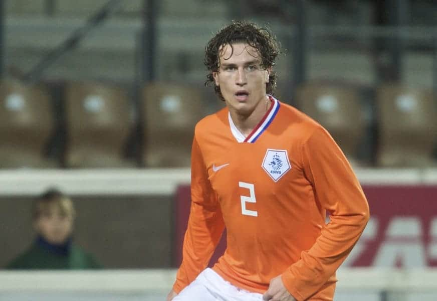 HELSINKI, FINLAND - Friday, October 9, 2009: The Netherlands' Daryl Janmaat (SC Heerenveen) during the UEFA Under-21 Championship Qualifying Round Group 4 match against Finland at the Finnair Stadium. (Pic by David Rawcliffe/Propaganda)