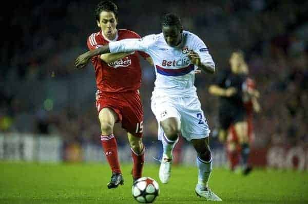 LIVERPOOL, ENGLAND - Tuesday, October 20, 2009: Liverpool's Yossi Benayoun and Olympique Lyonnais's Aly Cissokho during the UEFA Champions League Group E match at Anfield. (Pic by David Rawcliffe/Propaganda)