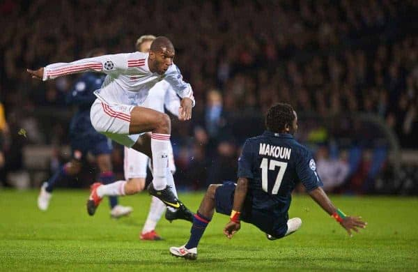 LYON, FRANCE - Wednesday, November 4, 2009: Liverpool's Ryan Babel scores the opening goal against Olympique Lyonnais during the UEFA Champions League Group E match at Stade Gerland. (Pic by David Rawcliffe/Propaganda)
