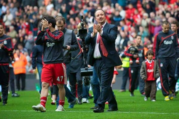 LIVERPOOL, ENGLAND - Sunday, May 2, 2010: Liverpool's manager Rafael Benitez during the Lap of Honour, after the final Premiership match of the season at Anfield. (Photo by David Rawcliffe/Propaganda)