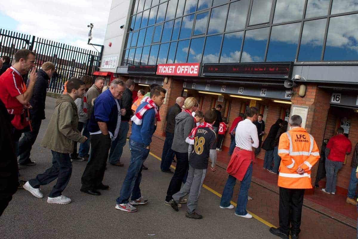 LIVERPOOL, ENGLAND - Saturday, September 25, 2010: Supporters queue at the Liverpool ticket office at Anfield. (Photo by David Rawcliffe/Propaganda)