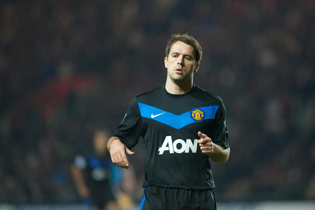 SOUTHAMPTON, ENGLAND - Saturday, January 29, 2011: Manchester United's Michael Owen during the FA Cup 4th Round match at St. Mary's Stadium. (Photo by Gareth Davies/Propaganda)