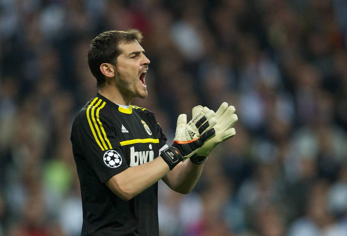 MADRID, SPAIN - Wednesday, April 25, 2012: Real Madrid's goalkeeper and captain Iker Casillas in action against FC Bayern Munchen during the UEFA Champions League Semi-Final 2nd Leg match at the Estadio Santiago Bernabeu. (Pic by David Rawcliffe/Propaganda)