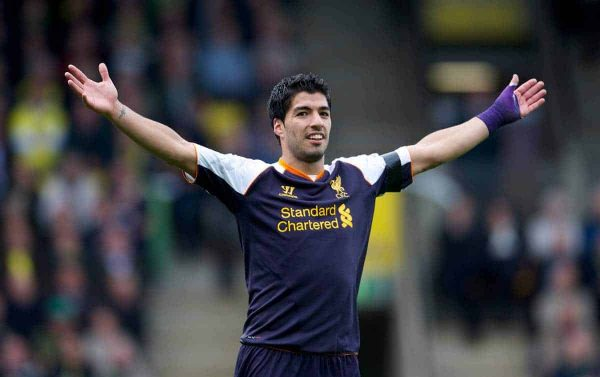 NORWICH, ENGLAND - Saturday, September 29, 2012: Liverpool's hat-trick hero Luis Alberto Suarez Diaz celebrates scoring the fourth goal, his third of his hat-trick, against Norwich City during the Premiership match at Carrow Road. (Pic by David Rawcliffe/Propaganda)