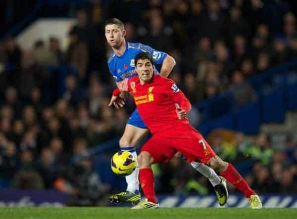 LONDON, ENGLAND - Sunday, November 11, 2012: Chelsea's Gary Cahill in action against Liverpool's Luis Alberto Suarez Diaz during the Premiership match at Stamford Bridge. (Pic by David Rawcliffe/Propaganda)
