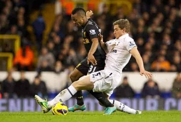 LONDON, ENGLAND - Wednesday, November 28, 2012: Liverpool's Raheem Sterling in action against Tottenham Hotspur's Jan Vertonghen during the Premiership match at White Hart Lane. (Pic by David Rawcliffe/Propaganda)