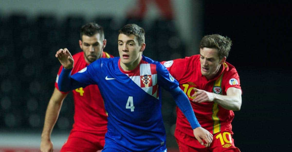SWANSEA, WALES - Tuesday, March 26, 2013: Croatia's Mateo Kovacic in action against Wales during the 2014 FIFA World Cup Brazil Qualifying Group A match at the Liberty Stadium. (Pic by David Rawcliffe/Propaganda)