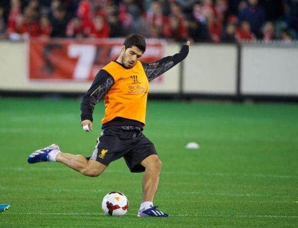 Suarez in training at the MCG on Tuesday (David Rawcliffe/Propaganda)