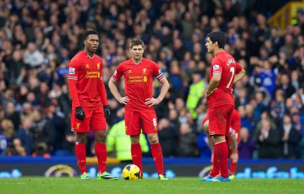 LIVERPOOL, ENGLAND - Saturday, November 23, 2013: Liverpool's Daniel Sturridge, captain Steven Gerrard and Luis Suarez looks dejected after Everton's third goal during the 221st Merseyside Derby Premiership match at Goodison Park. (Pic by David Rawcliffe/Propaganda)