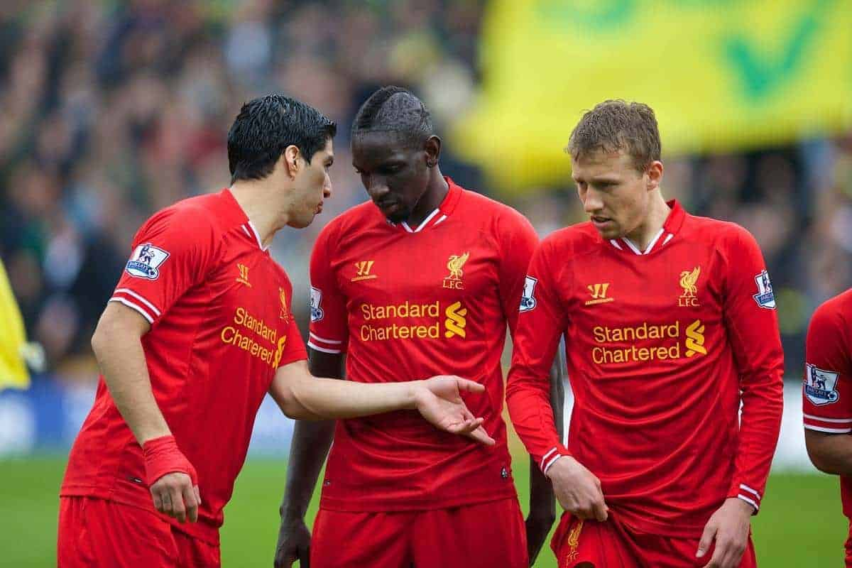 NORWICH, ENGLAND - Sunday, April 20, 2014: Liverpool's Luis Suarez, Mamadou Sakho and Lucas Leiva before the Premiership match against Norwich City at Carrow Road. (Pic by David Rawcliffe/Propaganda)