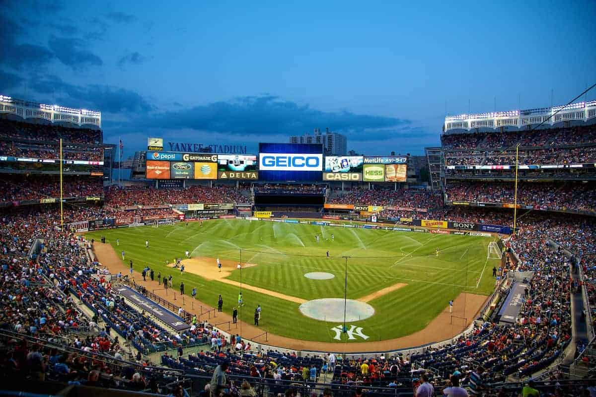 NEW YORK, USA - Wednesday, July 30, 2014: Liverpool take on Manchester City during the International Champions Cup Group B match at the Yankee Stadium on day ten of the club's USA Tour. (Pic by David Rawcliffe/Propaganda)