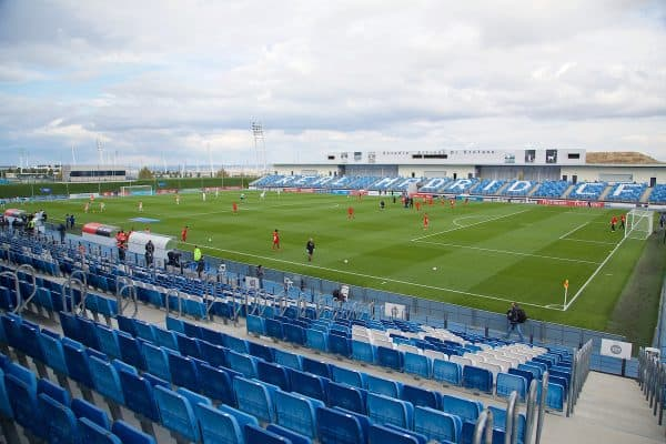 MADRID, SPAIN - Tuesday, November 4, 2014: Liverpool prepare to take on Real Madrid CF during the UEFA Youth League Group B match at Ciudad Real Madrid. (Pic by David Rawcliffe/Propaganda)