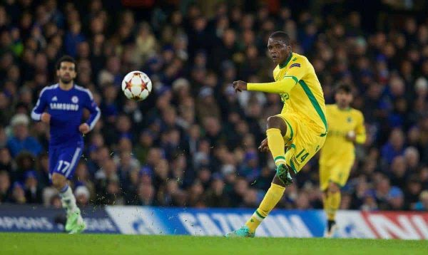 LONDON, ENGLAND - Wednesday, December 10, 2014: Sporting Clube de Portugal's William Carvalho in action against Chelsea during the final UEFA Champions League Group G match at Stamford Bridge. (Pic by David Rawcliffe/Propaganda)
