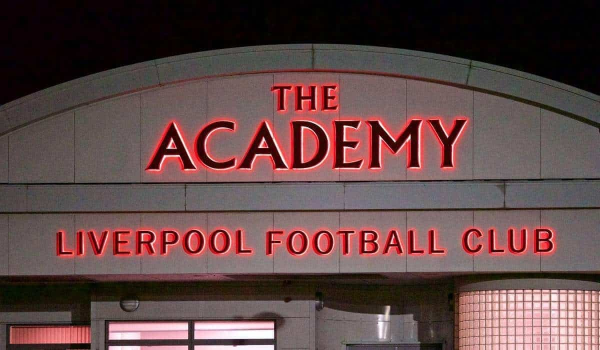 KIRKBY, ENGLAND - Monday, February 16, 2015: Liverpool's Academy during the Under 21 FA Premier League match at the Kirkby Academy. (Pic by David Rawcliffe/Propaganda)