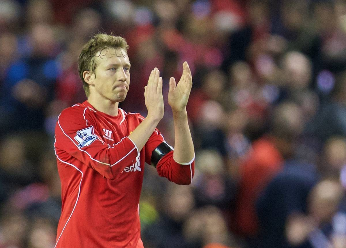 LIVERPOOL, ENGLAND - Monday, April 13, 2015: Liverpool's Lucas Leiva applauds the supporters after the Premier League match against Newcastle United at Anfield. (Pic by David Rawcliffe/Propaganda)