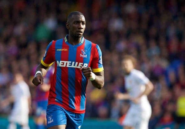 LONDON, ENGLAND - Saturday, May 9, 2015: Crystal Palace's Yannick Bolasie in action against Manchester United during the Premier League match at Selhurst Park. (Pic by David Rawcliffe/Propaganda)