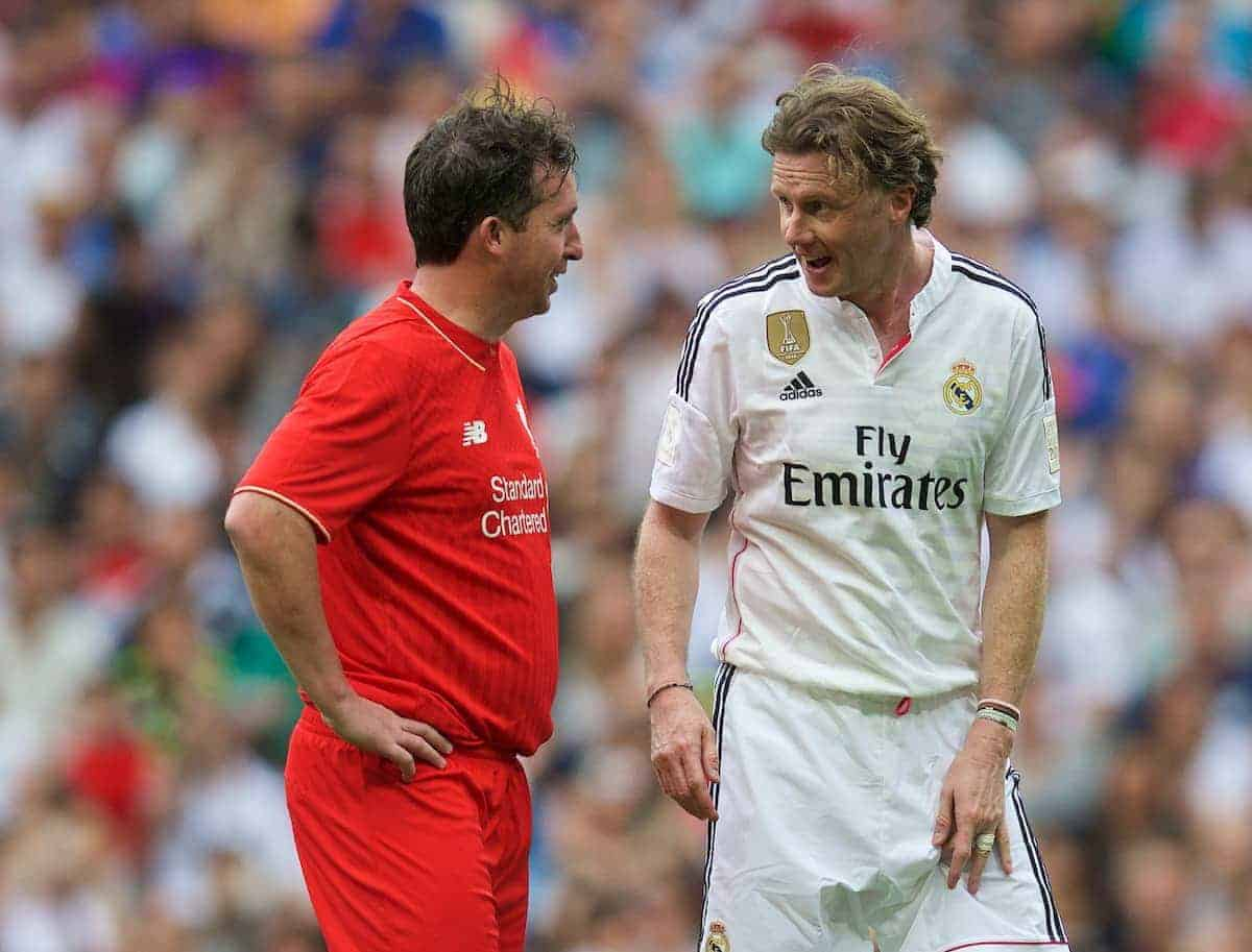 MADRIS, SPAIN - Sunday, June 14, 2015: Real Madrid's Steve McManaman chats with Liverpool's captain Robbie Fowler during the Corazon Classic Legends Friendly match at the Estadio Santiago Bernabeu. (Pic by David Rawcliffe/Propaganda)