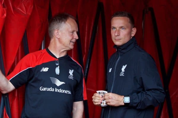 STOKE-ON-TRENT, ENGLAND - Sunday, August 9, 2015: Liverpool's assistant manager Sean O'Driscoll and first-team development coach Pepijn Lijnders before the Premier League match against Stoke City at the Britannia Stadium. (Pic by David Rawcliffe/Propaganda)