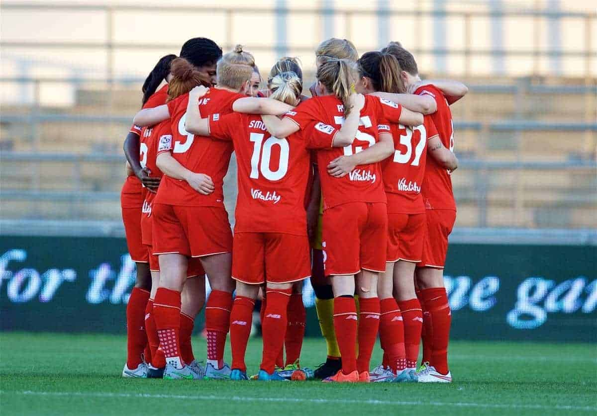 MANCHESTER, ENGLAND - Thursday, September 10, 2015: Liverpool Ladies players form a group huddle before the game before the FA Women's Super League match against Manchester City at the Academy Stadium. (Pic by David Rawcliffe/Propaganda)