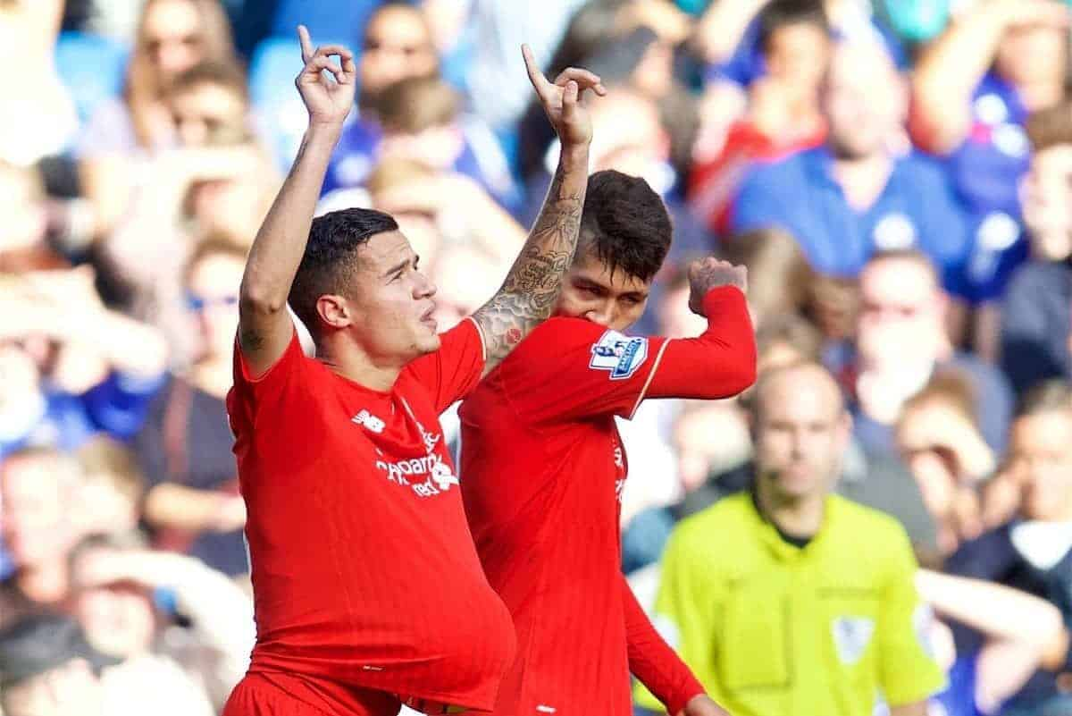 LONDON, ENGLAND - Saturday, October 31, 2015: Liverpool's Philippe Coutinho Correia celebrates scoring the first equalising goal against Chelsea with team-mate Roberto Firmino in the third minute of injury time of the first half during the Premier League match at Stamford Bridge. (Pic by David Rawcliffe/Propaganda)