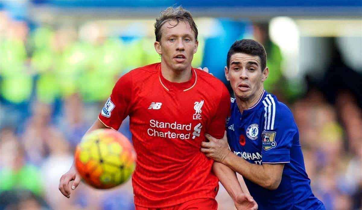 LONDON, ENGLAND - Saturday, October 31, 2015: Liverpool's Lucas Leiva in action against Chelsea's Oscar dos Santos Emboaba Junior during the Premier League match at Stamford Bridge. (Pic by David Rawcliffe/Propaganda)