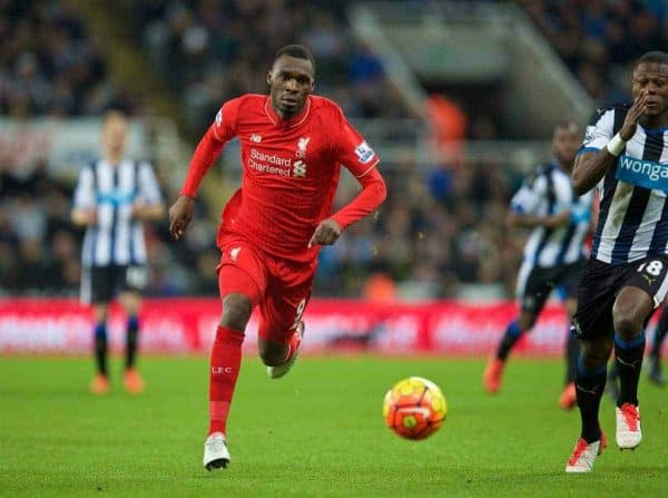 NEWCASTLE-UPON-TYNE, ENGLAND - Sunday, December 6, 2015: Liverpool's Christian Benteke in action against Newcastle United during the Premier League match at St. James' Park. (Pic by David Rawcliffe/Propaganda)