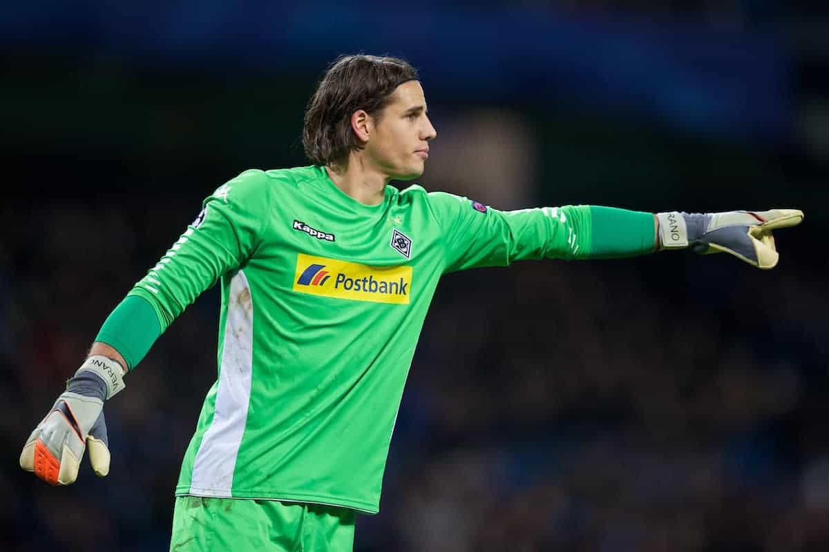 MANCHESTER, ENGLAND - Tuesday, December 8, 2015: VfL Borussia Mönchengladbach's goalkeeper Yann Sommer in action against Manchester City during the UEFA Champions League Group D match at the City of Manchester Stadium. (Pic by David Rawcliffe/Propaganda)