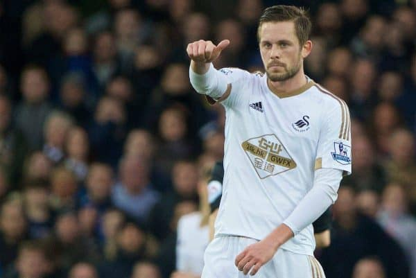 LIVERPOOL, ENGLAND - Sunday, January 24, 2016: Swansea City's Gylfi Sigurosson in action against Everton during the Premier League match at Goodison Park. (Pic by David Rawcliffe/Propaganda)