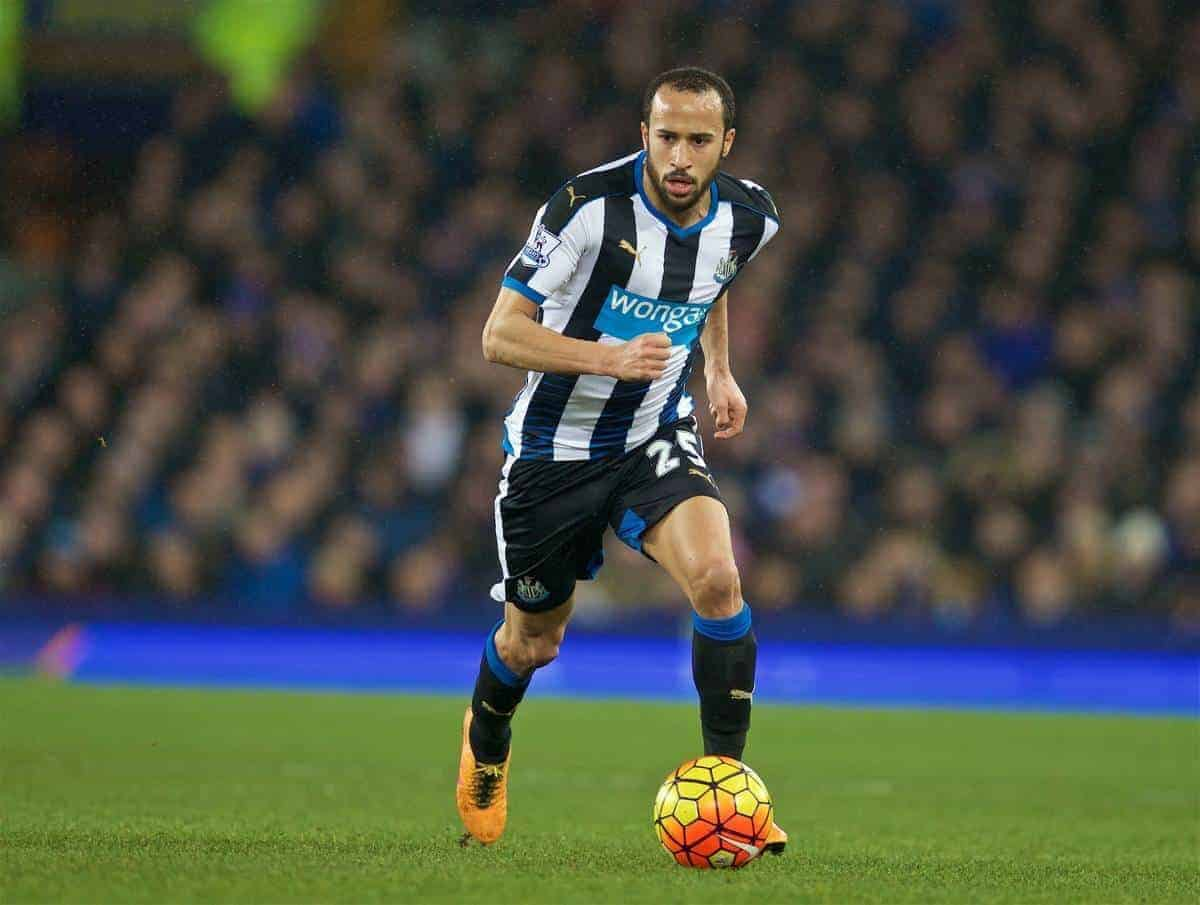 LIVERPOOL, ENGLAND - Wednesday, February 3, 2016: Newcastle United's Andros Townsend in action against Everton during the Premier League match at Goodison Park. (Pic by David Rawcliffe/Propaganda)