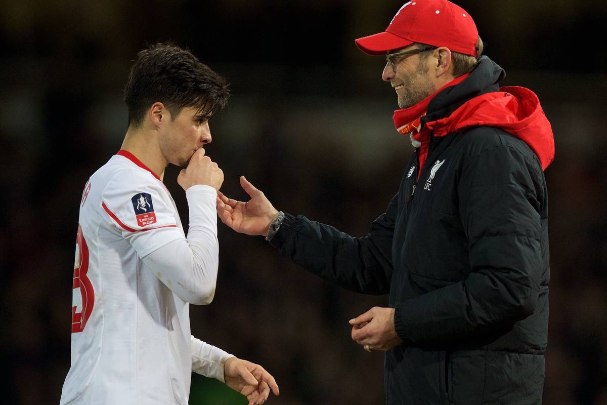 LONDON, ENGLAND - Tuesday, February 9, 2016: Liverpool's manager Jürgen Klopp and Joao Carlos Teixeira during the FA Cup 4th Round Replay match against West Ham United at Upton Park. (Pic by David Rawcliffe/Propaganda)