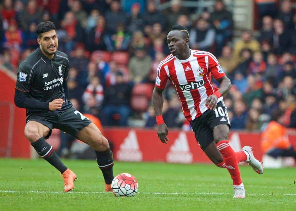 SOUTHAMPTON, ENGLAND - Sunday, March 20, 2016: Southampton's Sadio Mane in action against Liverpool during the FA Premier League match at St Mary's Stadium. (Pic by David Rawcliffe/Propaganda)