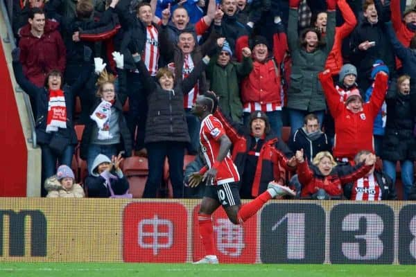 SOUTHAMPTON, ENGLAND - Sunday, March 20, 2016: Southampton's Sadio Mane celebrates scoring his side's winning third goal against Liverpool during the FA Premier League match at St Mary's Stadium. (Pic by David Rawcliffe/Propaganda)