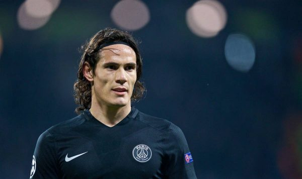 MANCHESTER, ENGLAND - Tuesday, April 12, 2016: Paris Saint-Germain's Edinson Cavani in action against Manchester City during the UEFA Champions League Quarter-Final 2nd Leg match at the City of Manchester Stadium. (Pic by David Rawcliffe/Propaganda)
