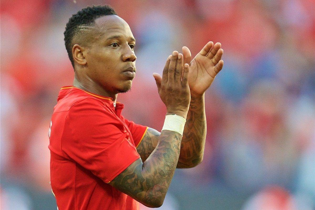 LONDON, ENGLAND - Saturday, August 6, 2016: Liverpool's Nathaniel Clyne applauds the supporters after the 4-0 victory over Barcelona during the International Champions Cup match at Wembley Stadium. (Pic by David Rawcliffe/Propaganda)