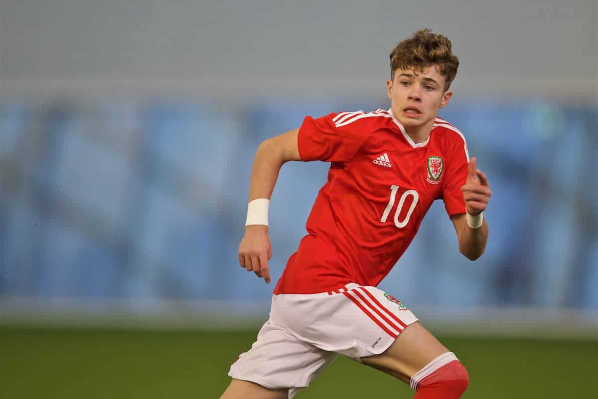 EDINBURGH, SCOTLAND - Friday, November 4, 2016: Wales' Neco Williams in action against Northern Ireland during the Under-16 2016 Victory Shield match at ORIAM. (Pic by David Rawcliffe/Propaganda)